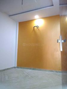 Gallery Cover Image of 750 Sq.ft 3 BHK Independent Floor for buy in Sector 24 Rohini for 5675000