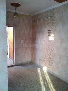 Gallery Cover Image of 600 Sq.ft 2 BHK Independent Floor for rent in Sector 7 Rohini for 14000