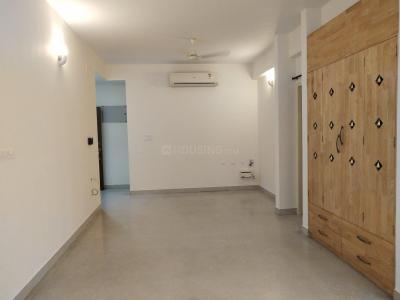 Gallery Cover Image of 1450 Sq.ft 3 BHK Apartment for rent in Thiruvanmiyur for 42000