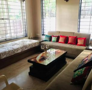 Gallery Cover Image of 3000 Sq.ft 5 BHK Villa for rent in Gunjan for 40000