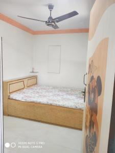 Gallery Cover Image of 452 Sq.ft 2 BHK Apartment for buy in Vashi for 8700000