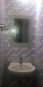 Bathroom Image of Tanwar PG in Khirki Extension