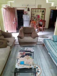 Gallery Cover Image of 1800 Sq.ft 2 BHK Independent House for rent in LB Nagar for 12500