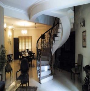 Gallery Cover Image of 5000 Sq.ft 3 BHK Independent House for rent in Neb Sarai for 250000