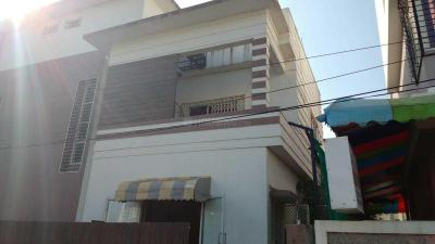 Building Image of High Treat Hostels in Baner