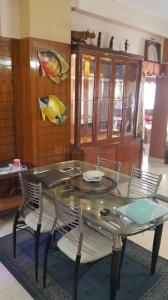 Gallery Cover Image of 1000 Sq.ft 3 BHK Apartment for rent in Mani Karn, Phool Bagan for 40000