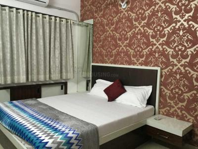 Gallery Cover Image of 985 Sq.ft 2 BHK Apartment for rent in Akanksha Millan Hill, Thane West for 33000