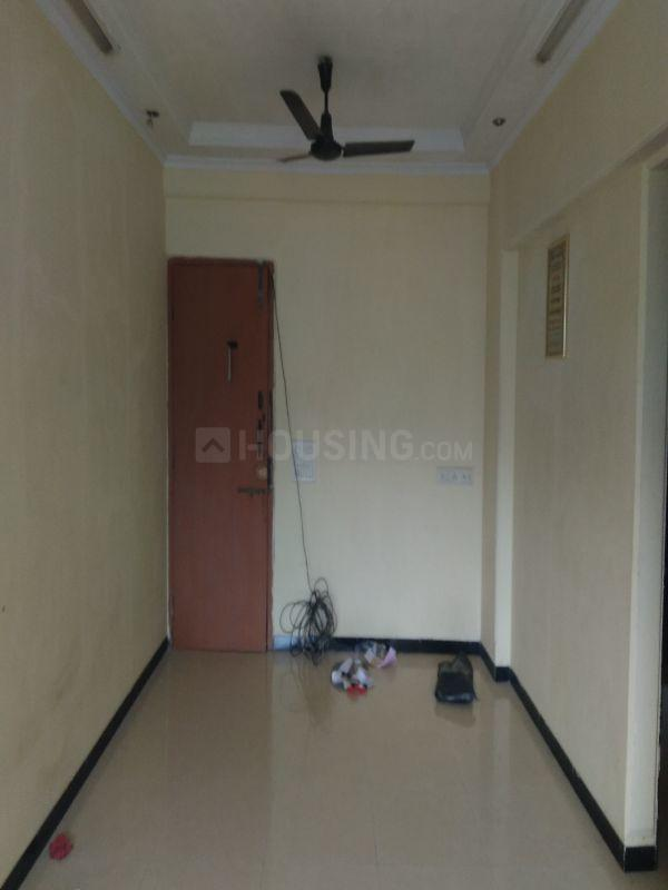 Living Room Image of 950 Sq.ft 2 BHK Apartment for rent in Mulund West for 30000