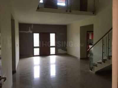 Gallery Cover Image of 3300 Sq.ft 5 BHK Apartment for buy in Sanjaynagar for 22500000