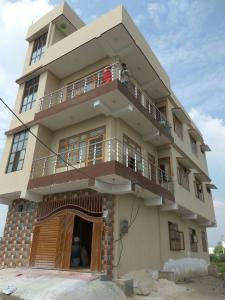 Gallery Cover Image of 1240 Sq.ft 2 BHK Independent House for rent in Sector 9B for 12000