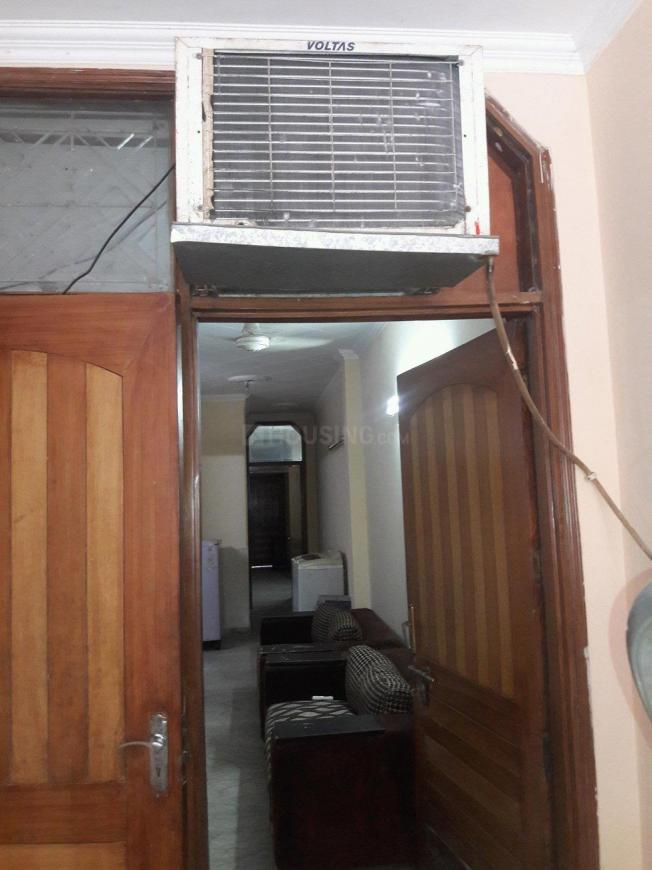 Main Entrance Image of 900 Sq.ft 2 BHK Independent Floor for rent in Lajpat Nagar for 32000