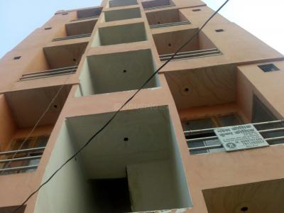 Gallery Cover Image of 587 Sq.ft 2 BHK Independent Floor for buy in Crossings Republik for 1400000