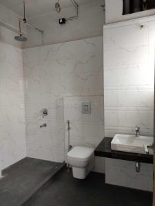 Gallery Cover Image of 2861 Sq.ft 3 BHK Apartment for buy in Elgin for 43500000