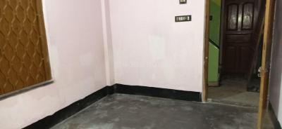 Gallery Cover Image of 800 Sq.ft 2 BHK Independent House for rent in Keshtopur for 8500