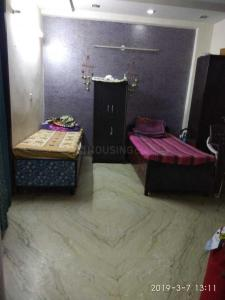 Bedroom Image of Sai Ram PG in Hari Nagar Ashram