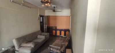 Gallery Cover Image of 500 Sq.ft 1 BHK Apartment for rent in Malad West for 24000
