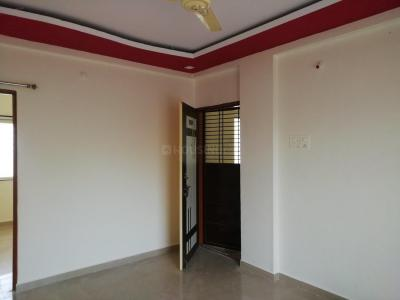 Gallery Cover Image of 860 Sq.ft 2 BHK Apartment for rent in Lohegaon for 11000