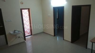 Gallery Cover Image of 850 Sq.ft 2 BHK Independent Floor for rent in Perungalathur for 8000