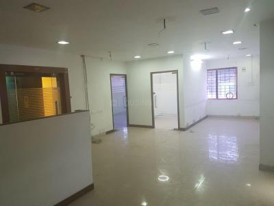 Gallery Cover Image of 2000 Sq.ft 6 BHK Independent Floor for rent in Royapettah for 80000