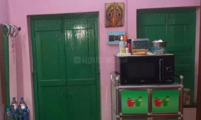 Gallery Cover Image of 410 Sq.ft 2 BHK Independent Floor for buy in Shibpur for 1800000