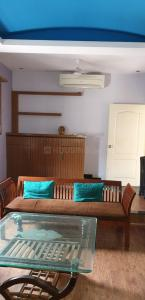 Gallery Cover Image of 2100 Sq.ft 2 BHK Independent Floor for rent in Rajouri Garden for 40000