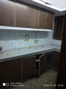 Gallery Cover Image of 900 Sq.ft 2 BHK Independent Floor for rent in Vikaspuri for 18000