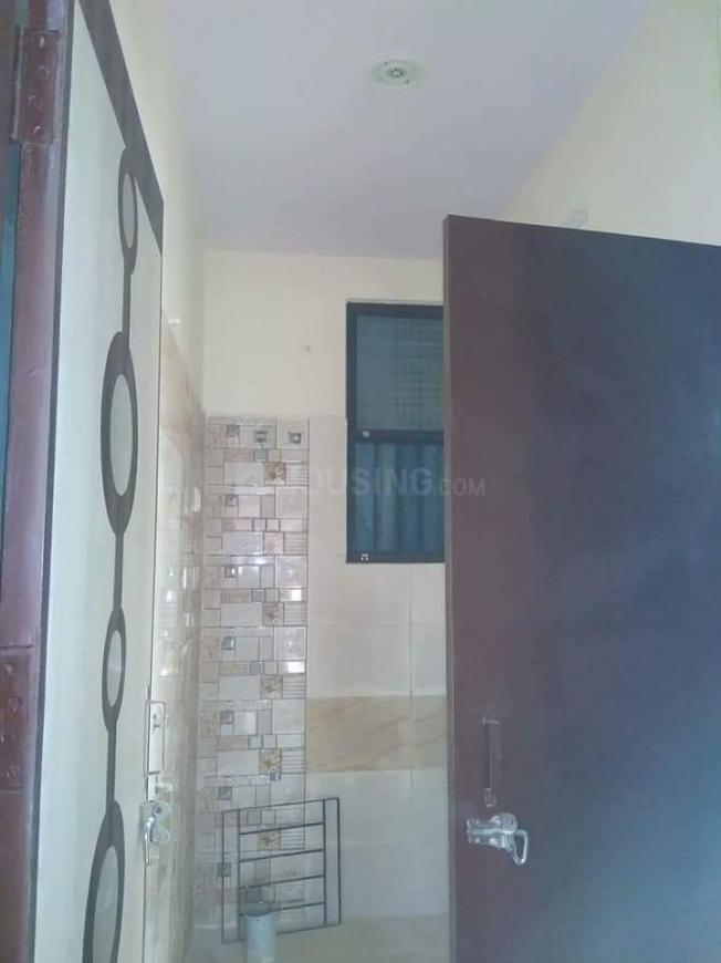 Common Bathroom Image of 1200 Sq.ft 3 BHK Independent House for buy in Govindpuram for 2885207