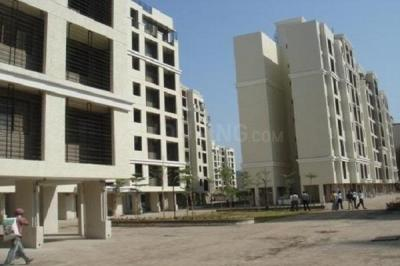 Gallery Cover Image of 850 Sq.ft 2 BHK Apartment for buy in Raheja Reflections, Kandivali East for 16500000