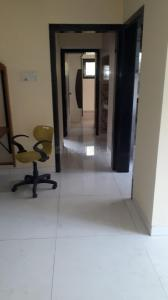 Gallery Cover Image of 825 Sq.ft 2 BHK Apartment for rent in Mulund East for 35000