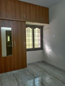 Gallery Cover Image of 894 Sq.ft 2 BHK Apartment for buy in Anakaputhur for 3565555