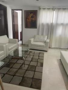 Gallery Cover Image of 600 Sq.ft 1 BHK Apartment for rent in  RWA Greater Kailash 1 Block S, Greater Kailash I for 35000