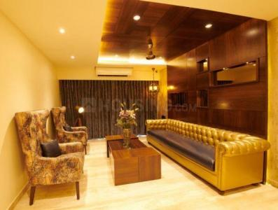 Gallery Cover Image of 1260 Sq.ft 3 BHK Apartment for rent in Juhu for 125000