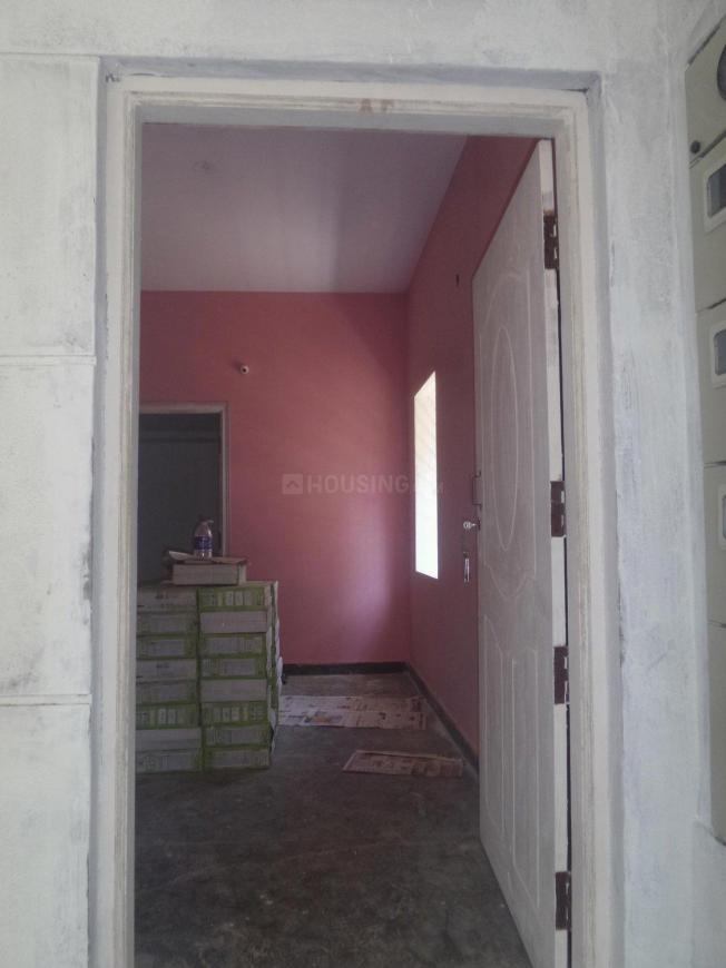 Main Entrance Image of 450 Sq.ft 1 BHK Apartment for rent in Sanjay Gandhi Nagar for 7000