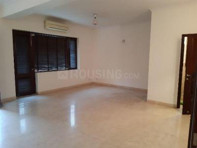 Gallery Cover Image of 2400 Sq.ft 3 BHK Independent Floor for buy in Maharani Bagh for 60000000
