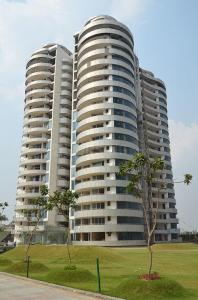 Gallery Cover Image of 5200 Sq.ft 4 BHK Apartment for buy in Omaxe The Forest, Sector 92 for 25000000