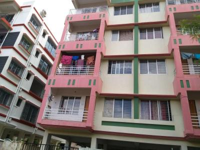 Gallery Cover Image of 879 Sq.ft 2 BHK Apartment for rent in Keshtopur for 8000