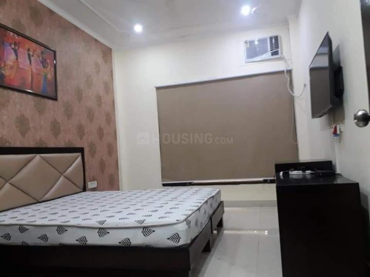 Bedroom Image of 400 Sq.ft 1 RK Apartment for rent in Sector 54 for 18000