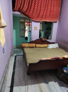 Gallery Cover Image of 800 Sq.ft 2 BHK Independent House for rent in Rishra for 6500