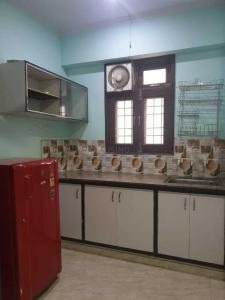 Gallery Cover Image of 650 Sq.ft 1 BHK Apartment for rent in DDA Flats, Sarita Vihar for 14500