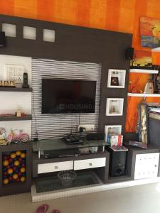 Gallery Cover Image of 950 Sq.ft 2 BHK Apartment for buy in Magarpatta Iris, Magarpatta City for 7900000