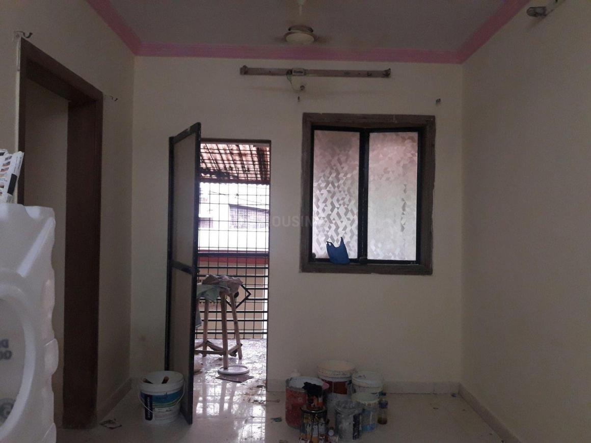 Living Room Image of 900 Sq.ft 2 BHK Apartment for rent in Mira Road East for 14000