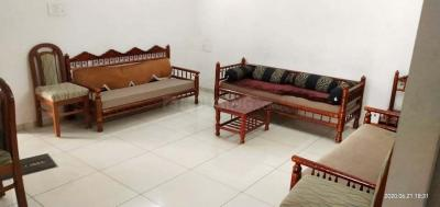 Gallery Cover Image of 1100 Sq.ft 2 BHK Apartment for rent in Akota for 18000