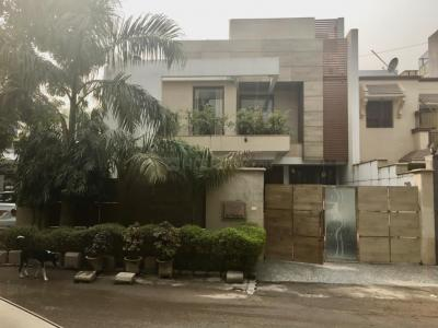 Gallery Cover Image of 2000 Sq.ft 4 BHK Independent House for buy in DLF Phase 1 for 39000000