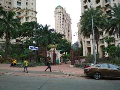 Gallery Cover Image of 550 Sq.ft 1 BHK Apartment for buy in Powai for 13500000