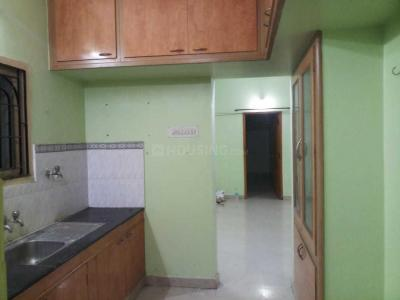 Gallery Cover Image of 1360 Sq.ft 3 BHK Apartment for rent in Manapakkam for 21000