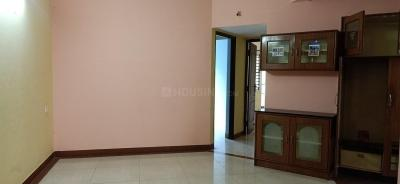 Gallery Cover Image of 1330 Sq.ft 2 BHK Apartment for rent in Oasis Breeze, Marathahalli for 22000