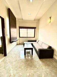 Gallery Cover Image of 800 Sq.ft 2 BHK Apartment for buy in Chaitanya Apartment, Kapashera for 4500000