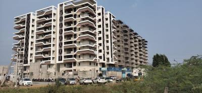 Gallery Cover Image of 1680 Sq.ft 3 BHK Apartment for buy in Vidhya Nagar for 7200000