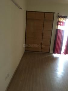 Gallery Cover Image of 1600 Sq.ft 3 BHK Independent Floor for rent in DLF Capital Greens, Karampura for 36000