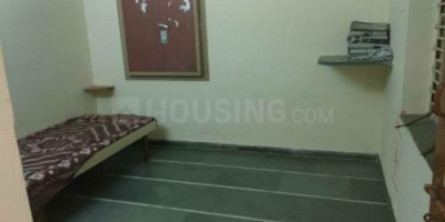 Gallery Cover Image of 2500 Sq.ft 1 BHK Apartment for rent in Jivrajpark for 12000